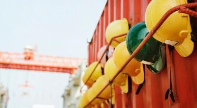 Valósággal fuldoklik az építőipar a szakemberhiánytól