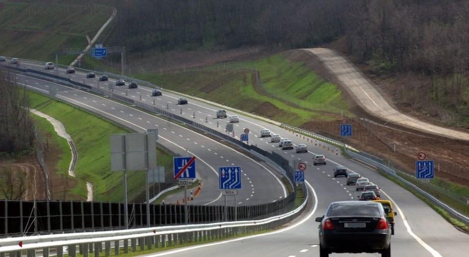 """""""Boros""""  nevet kapnak az M6-os alagútjai"""