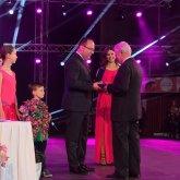 Megyei elismerést vett át a szigetvári táncművészeti iskola alapítója – Kapronczai József elnöki különdíjat kapott